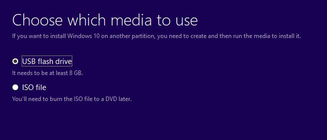 3.4 Chọn ghi vào đĩa USB hay là file ISO. Mình chọn ghi vào USB